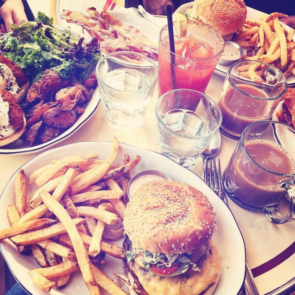 burger brunch booyah David's Cafe