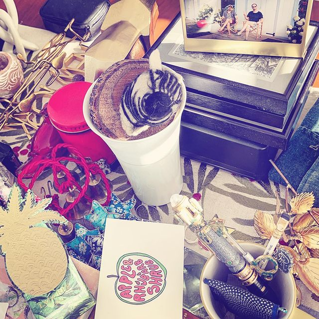 packing memories and decore
